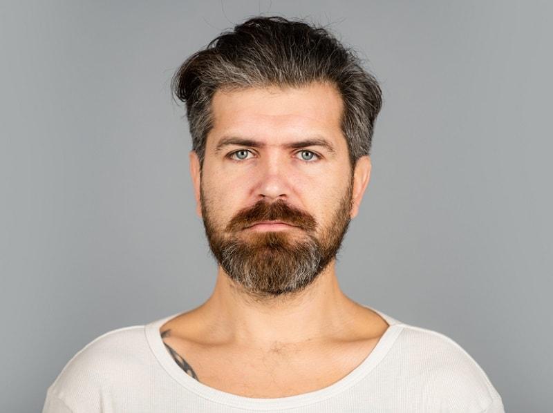 beardstache with short beard