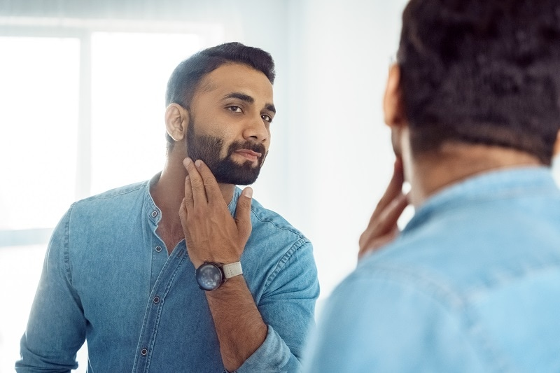 heavy stubble beard