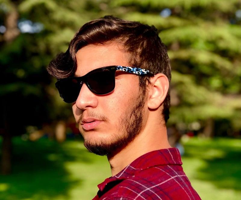 natural short patchy beard